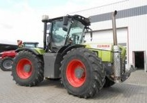 Claas  Xerion Trac 3300 VC